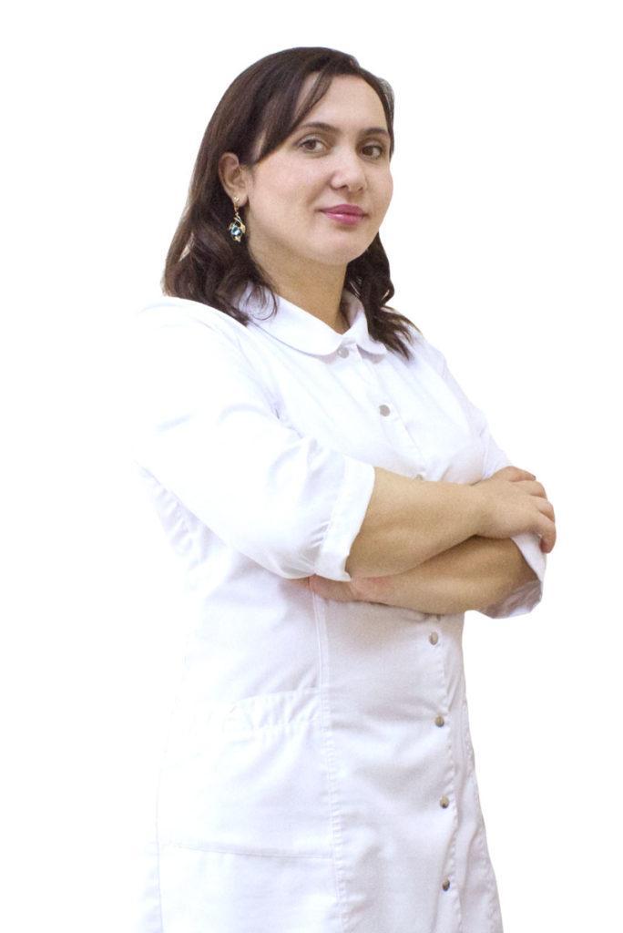 Исакова Аминат Вараевна - стоматолог