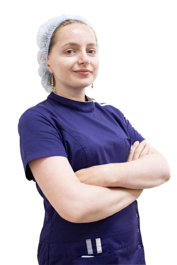 Гитинова Наида Иманмагомедовна - операционная медсестра